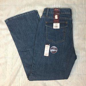 NWT Aura Slender Stretch Boot Cut Jeans